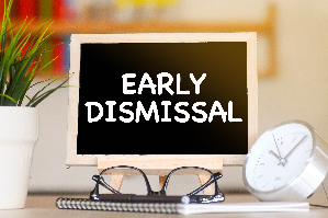 Early Dismissal notice on chalkboard