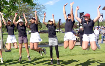 Golfers jumping 2019